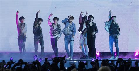 """BTS' """"Love Yourself: Tear"""" Projected To Win US Sales Race"""