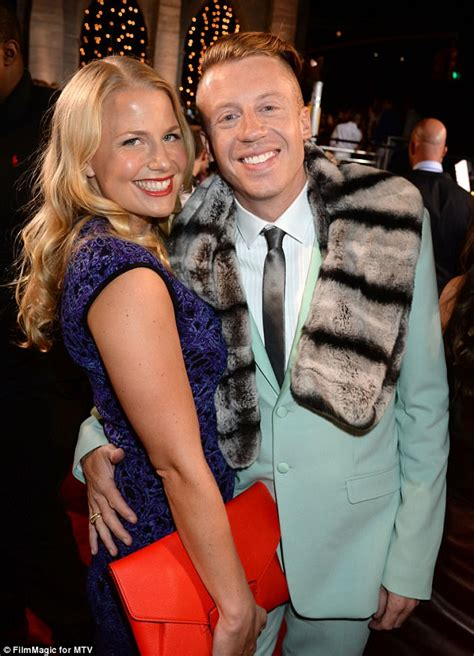 Macklemore will tour shortly after wife gives birth