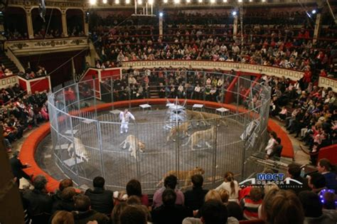 Theaters - Odessa guide