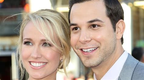 Anna Camp and Skylar Astin from Pitch Perfect divorce